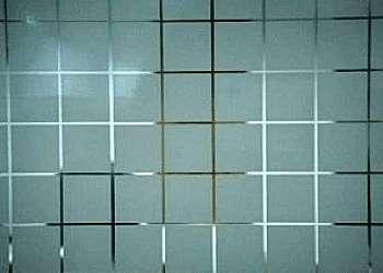 Divisória com vidro jateado