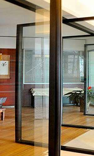 Divisória acústica vidro