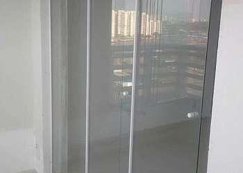 Divisória em vidro temperado preço