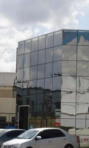 fachada de vidro escritorio